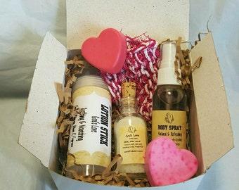 Spa Gift Set,Valentine,Heart, New Mom Bath Set, Soap Gift Set with Soap, Bath Salt,Lotion Stick, Body Spray, and Handmade Face Scrubby