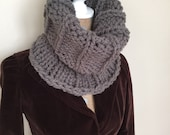 Women's super chunky knit wool blend cowl-dark gray