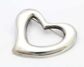 Large Modern Organic Sterling Silver Heart Brooch. [6353]