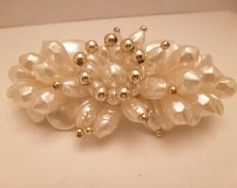 Vintage Faux Pearl and Goldtone Hair Clip/Barette/Bridal/Wedding (16074)