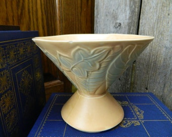 Vintage Art Deco Pedestal Bowl - USA 201-F
