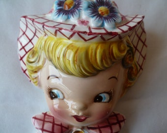 Lefton China Miss Dainty Wall pocket Figurine