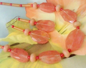 Strawberry Quartz, Peach Color Jewelry, Pink Jewelry Set, Strawberry Quartz Jewelry, Hand Crafted, Springtime Jewelry, Psychic Energy Beads