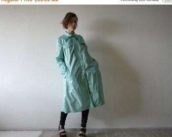 SALE 20% off vintage light mint A line trench raincoat by C&A large size 18