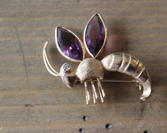 Vintage Gold Plated Wasp Brooch