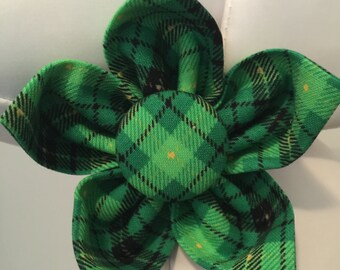 ST. PATRICK'S DAY Shamrock Flower Collar Attachment & Accessory for Dogs and Cats/Green and Black Plaid Tartan