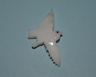 Vintage Mother of Pearl Eagle in Flight Charm/Pendants - 1 Piece (2041624)