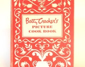 Betty Crocker Picture Cookbook 1950's Mid Century Cook Book 5 Ring Binder- As Is- Broken Spine | Vintage Kitchen Recipes