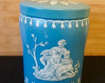 Wedgwood Tin Canister; Approx. 4.5 x 6 in. Vintage !!!