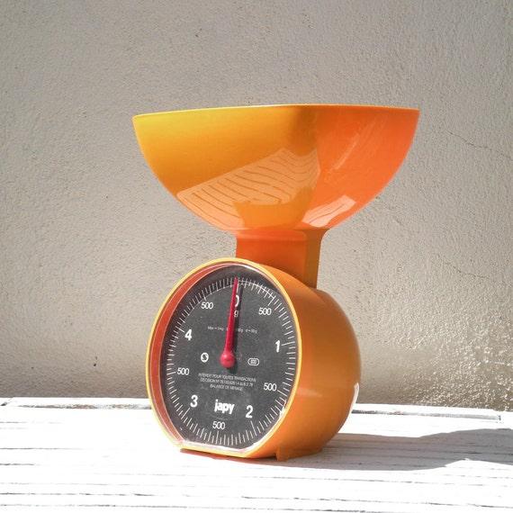 French retro orange kitchen scales, vintage balance, French Japy scales, plastic scales, retro kitchen scales, bright orange scales, Japy,