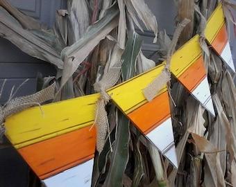 Fall Decor Beadboard Candy Corn Bunting