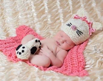 Crochet Kitty Newborn Photography Prop/Hat and Bootie Set/Newborn Photo Prop/Baby Shower Gift/Kitty Cat/Newborn Halloween Costume