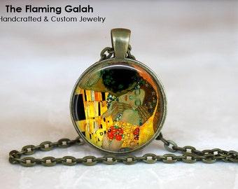 GUSTAV KLIMT Pendant •  The Kiss Gustav Klimt •  Art Jewellery •  Gustav Klimt Painting • Gift Under 20 • Made in Australia  (P0042)