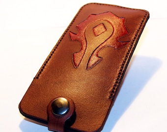 World of warcraft brown leather key case with silver key ring. Great gift for men. Great gift for women. For the Horde!
