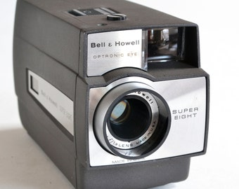 Vintage Bell & Howell Super 8 8mm Cine/Movie Camera, Model 306, Tested, Running