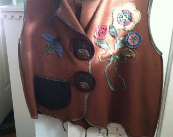 Gorgeous handmade one of a kind folk art felt vest! A true one of a kind wirk of art! One size. Brand new!