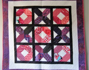 Bri's X's and O's Lap or Baby Quilt