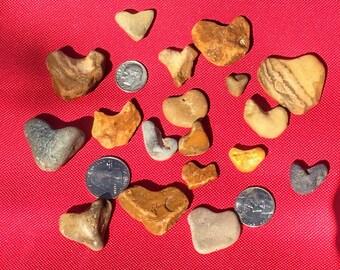 18 Heart stones , natural heart shaped stones , Jewelry Grade Stones