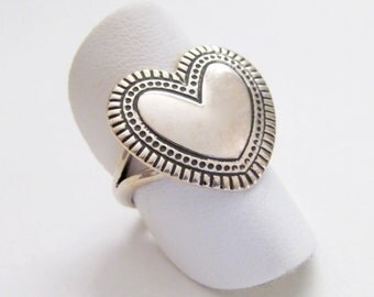 Sterling Silver Heart Ring, Romantic Gift For Her, Sterling Silver Ring, Solid Silver Ring, Heart Jewelry, Ring Size 6-1/2, Gift for Mom