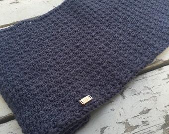 Handmade Wool dark grey Infini scarf for women handmade crochet with rice point