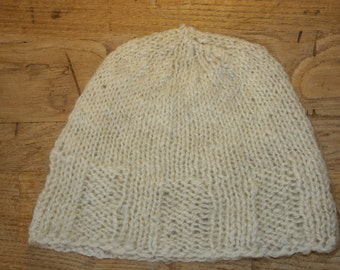 Hand knit cream wool cap.....adult medium