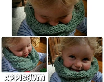 Toddler/Child Cabled Infinity Scarf Silk/Wool/Bamboo