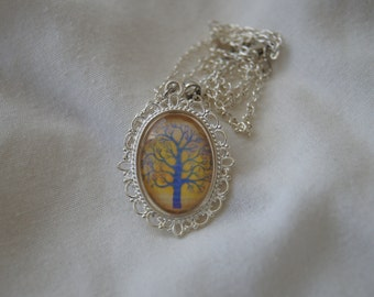 Tree Cameo Pendant Necklace (Version 2)