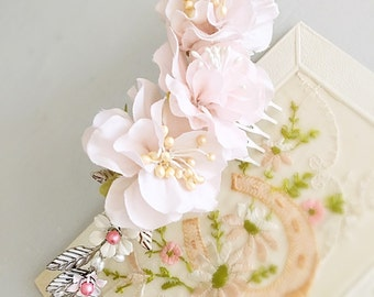 Blush Vintage Flower Bridal Comb