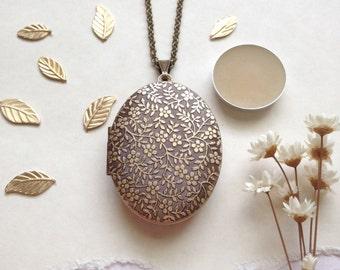 Astrea Natural Solid Perfume Locket Necklace - Botanical Handmade Keepsake