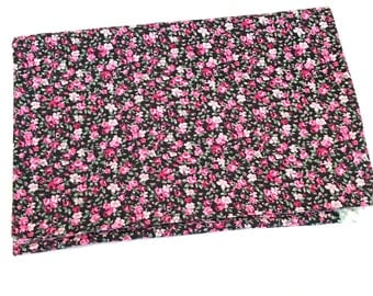Blooming flowers swaddle blanket