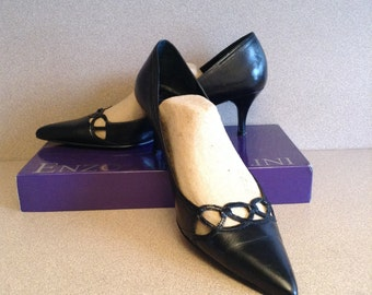 "Black Leather Pumps Size 9.5  M; Enzo Angiolini women's Leather pumps with 2.5"" heels."