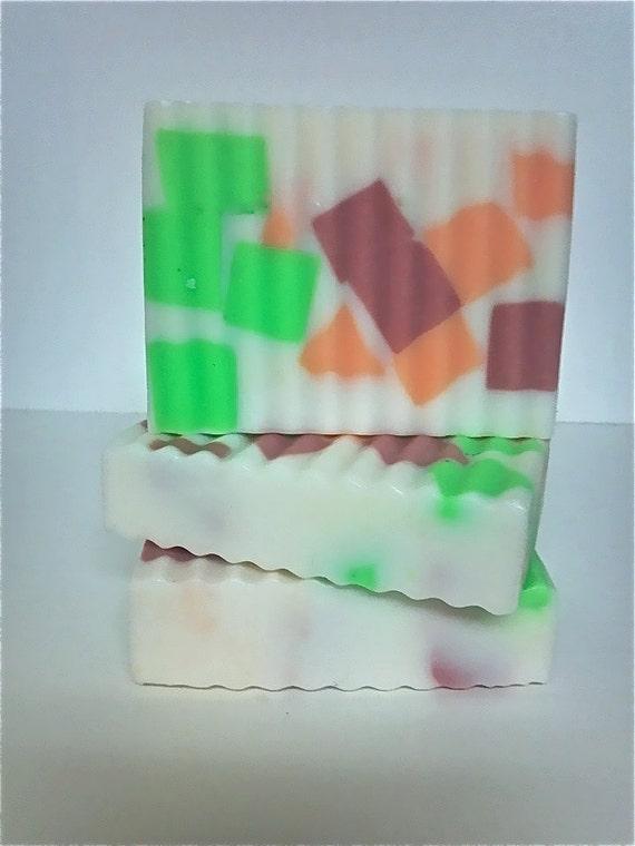 Soap On Sale,Coconut Soap,Coconut Scent Soap,Cherry Soap,Glycerin Soap,Melt and Pour So ap,Shea Butter Soap,Cocoa Butter Soap,Detergent Free