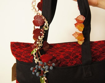 Black and red gothic bag with red lace