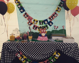 Mickey Mouse Club House Happy Birthday Banner. Mickey Mouse party