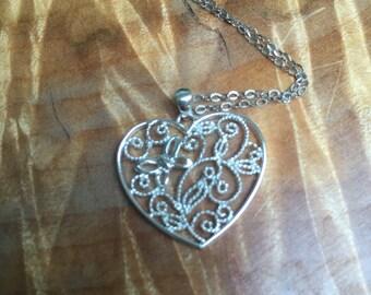Dainty lace like 925 hear pendant