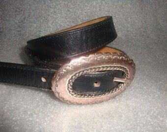 vintage 1991 JUSTIN TOP GRAIN black leather oval buckle silvertone indie boho belt women size 30