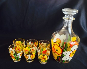 Vintage Liqueur Set with Decanter and 6 Glasses with Daffodils Decals - France 1960s
