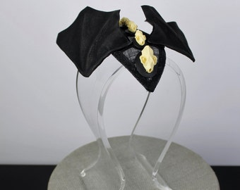 Bat Fascinator, Halloween Fascinator, Bat Skull, Leather Bat Wings