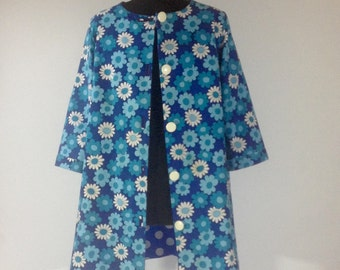 Flower Power! 1960's/1970's summer jacket or light weight coat. Will fit small to large size