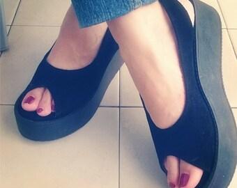 Platform leather handmade sandals / women shoes in black leather / Model Gloria