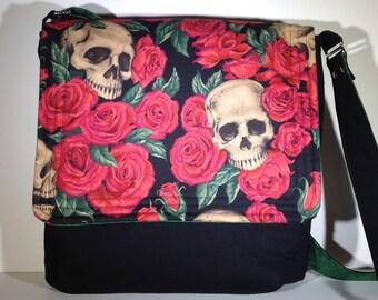 Skulls and Roses, skull cross body purse, skulls shoulder bag, Skulls and roses messenger bag, sling purse, gothic gift, gift for her