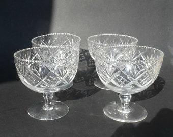 Antique cut glass crystal footed dessert bowls - set of 4 antique cut glass dessert bowls or sherbert bowls - high quality table glass