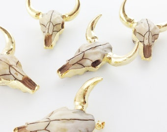 Longhorn Pendant, 24k Gold Plated Cattle w Resin Face, Long Horn Pendant for Jewelry Making, Longhorn Charm, Texas Charm  // Gold //{NC-013}