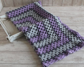 crochet Baby blanket // Granny Square // Gray Purple // Baby Girl // Baby Boy