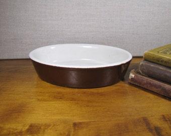 Hall #572 Small Brown Casserole Dish