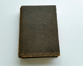 Antique bible from 1901/ British and foreign bible society/ pages all good