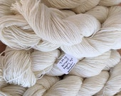 Targhee Sock Yarn - Undyed - Ready for dyeing - US Produced - Machine wash and dry