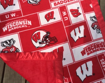 University of Wisconsin Badgers Fleece Blanket with Red Minky Backing and Red Satin Binding