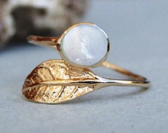 Gold Leaf Ring, White Stone Ring, Gold Ring, Yellow Gold Ring