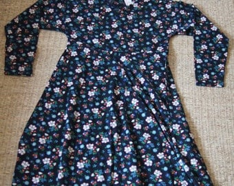 Vintage 1990's - Hanna Andersson Womens Dress - 150 cm - Black floral 90s dress Large Childs or small adult